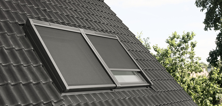 VELUX Buitenzonwering op zonne-energie type MSL | Nog stillere motor, nog strakker ontwerp | Reduceert zonne-warmte tot wel 72%